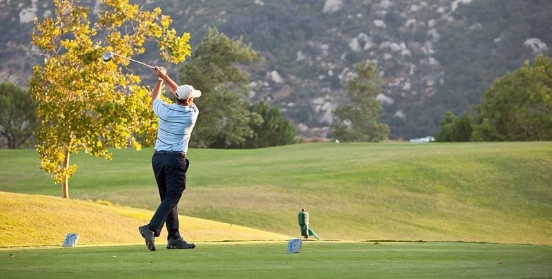 Giải thích tee trong golf là gì