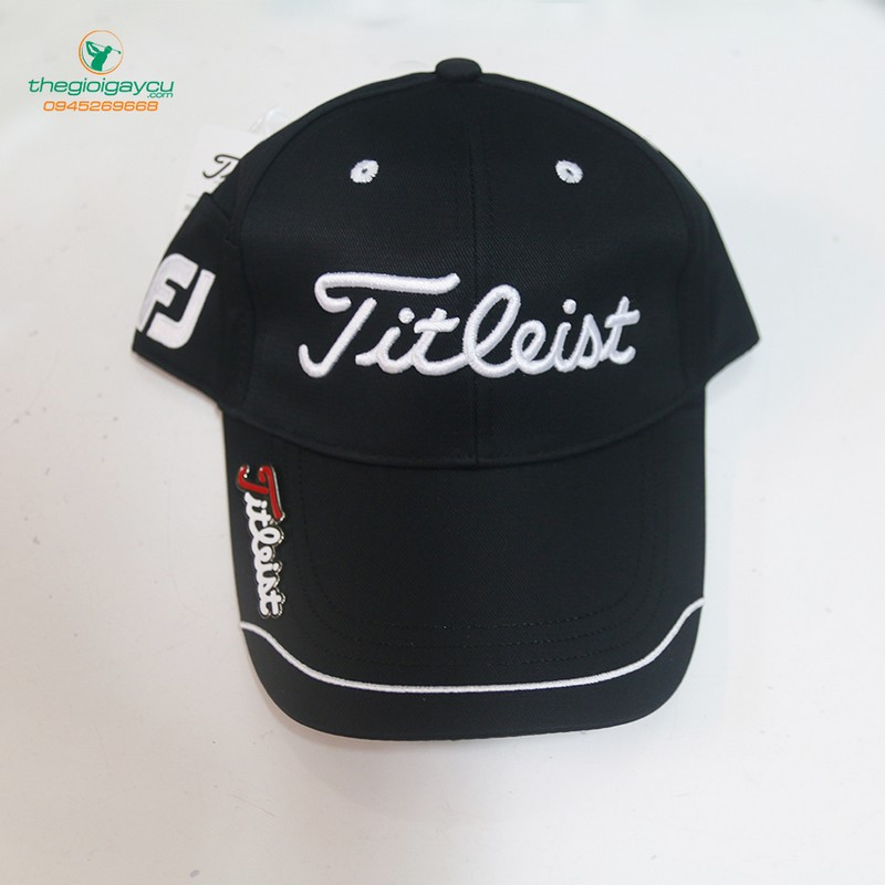 Mũ golf Titleist đen
