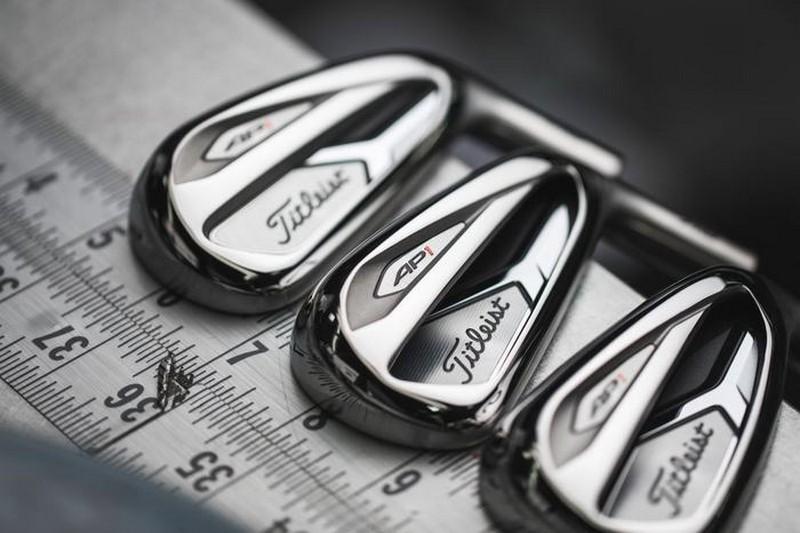 Đánh giá gậy golf Titleist AP1: Thiết kế đầu gậy lớn giúp bóng đi xa nhất