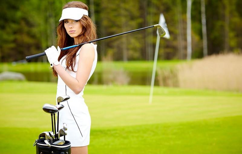 Chi tiết 12 bộ gậy golf nữ đáng mua nhất 2020