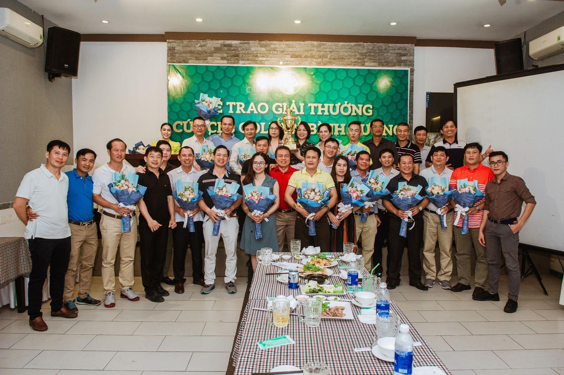 Tập đoàn GolfGroup chúc mừng Giải Golf thành lập CLB Golf Doanh Nhân Bình Dương đã diễn ra thành công rực rỡ