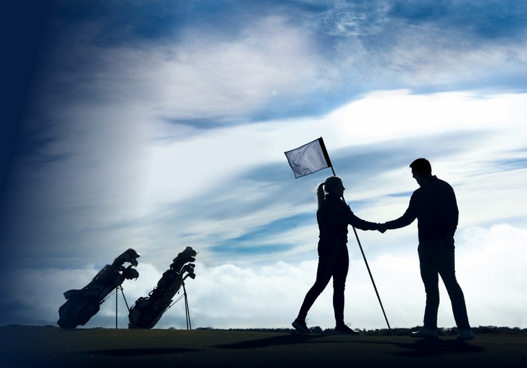 Thông tin cơ bản về luật chơi golf 18 lỗ và các trường hợp vi phạm tiêu biểu