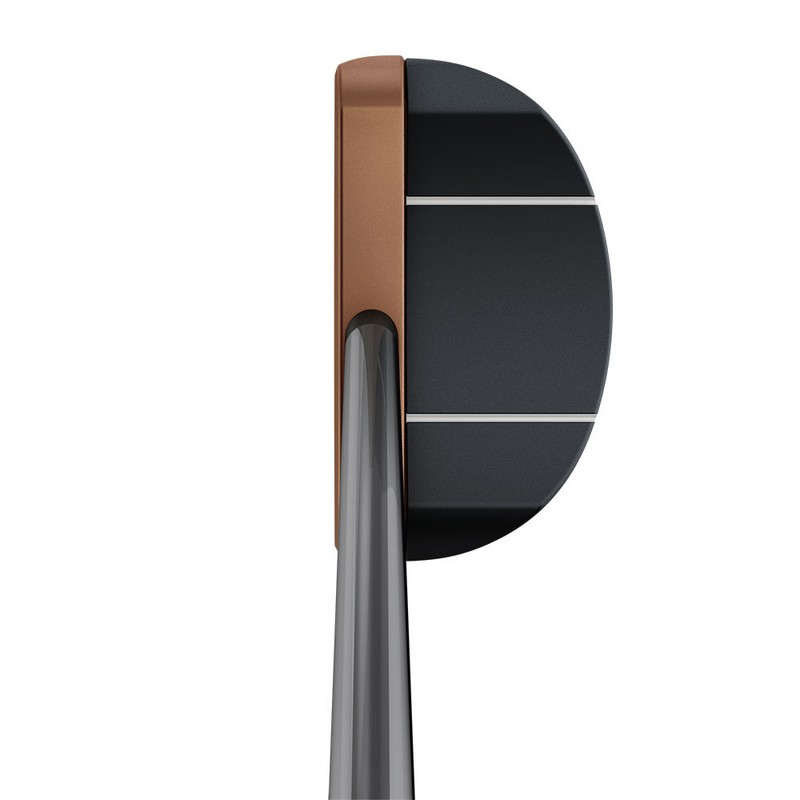 Thiết kế mặt gậy Putter Piper C phẳng, tạo cảm giác cứng và đầm tay cho các golfer khi chơi