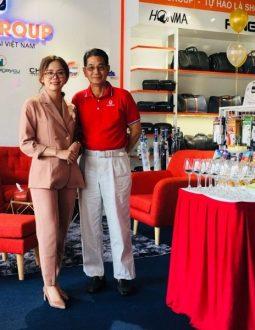 HLV Ngô Chí Dũng cùng CEO tập đoàn Golfgroup miền nam Linh Thùy