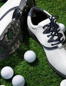 Cách chọn giày golf chuẩn là thắc mắc của mọi golfer