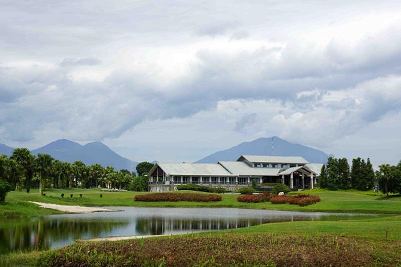 Sân golf Đầm Vạc cung cấp dịch vụ giải trí tiện ích và sang trọng