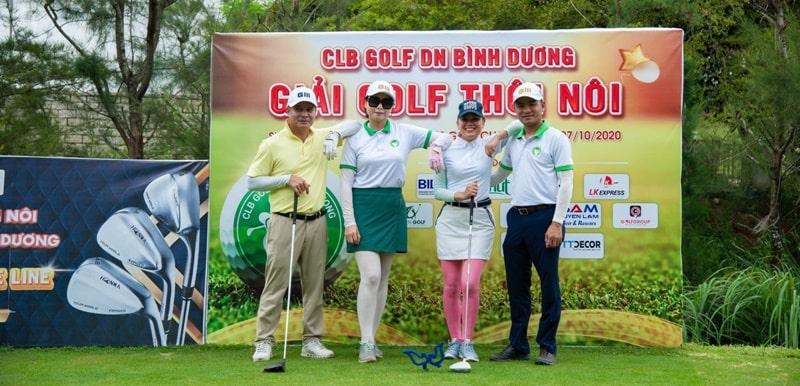 Hội viên CLB Golf Doanh nhân Bình Dương vui vẻ trong ngày diễn ra giải Golf Thôi Nôi