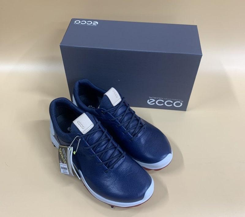 Giày golf nam nhà Ecco được thiết kế sang trọng, đẳng cấp nhưng không kém phần trẻ trung