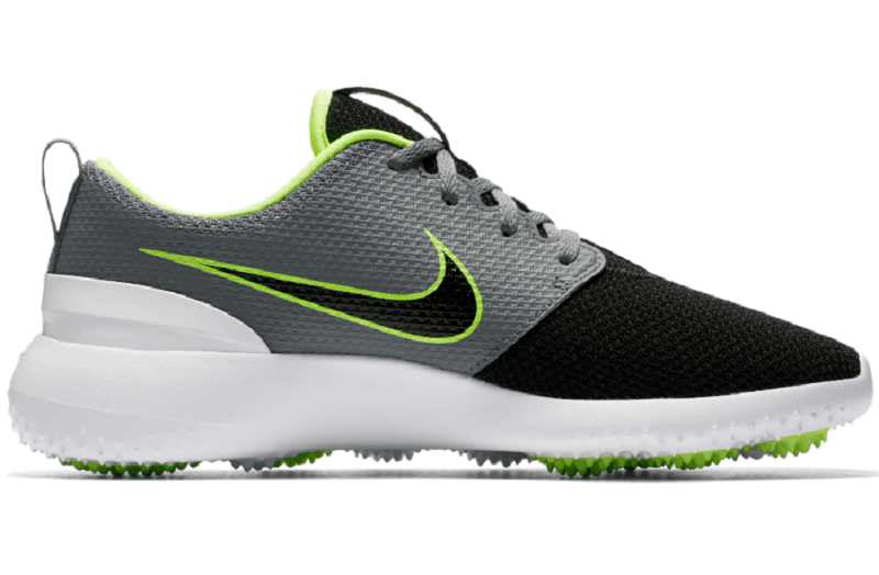 Giày golf Nam Nike Roshe G mang tới cho người chơi cảm giác trẻ trung, khỏe khoắn và vô cùng năng động