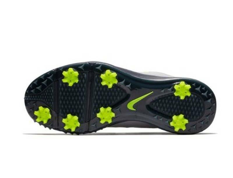 Đế giày Nike Men Lunar Command 2 Boa có gai chống trơn trượt hiệu quả