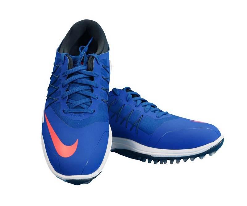 Nike Men Lunar Control Vapor W là mẫu giày tốt cho các golfer