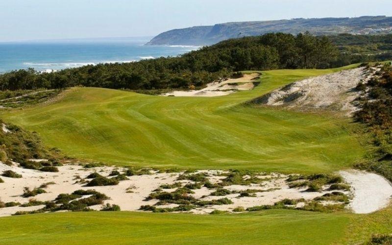 Dựa vào địa hình, các golfer có thể lựa chọn loại sân phù hợp với sở thích