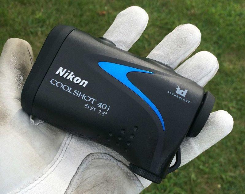 Máy đo khoảng cách golf Nikon nhận được phản hồi tốt từ khách hàng