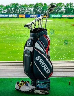 Nên chọn túi gậy golf như nào