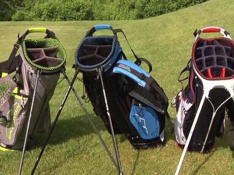 Việc chọn túi gậy golf cần phải lưu ý đến số ngăn