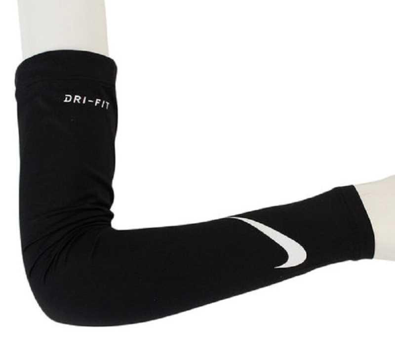 Ống tay Nike Sleeve Solar giúp giải phóng nhiệt độ nắng từ cơ thể