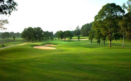 Sân golf Đồng Mô là một trong những sân golf tốt nhất Việt Nam