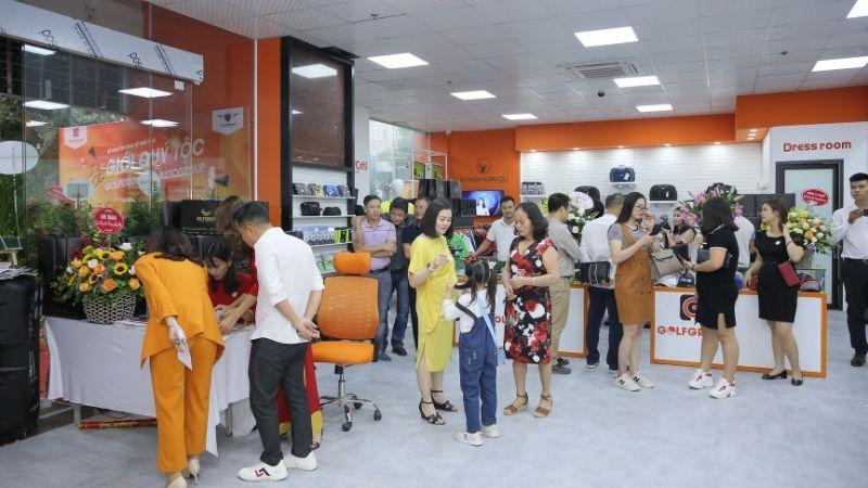 Nhiều cơ hội mua sắm và trải nghiệm dịch vụ đang chờ đợi quý khách