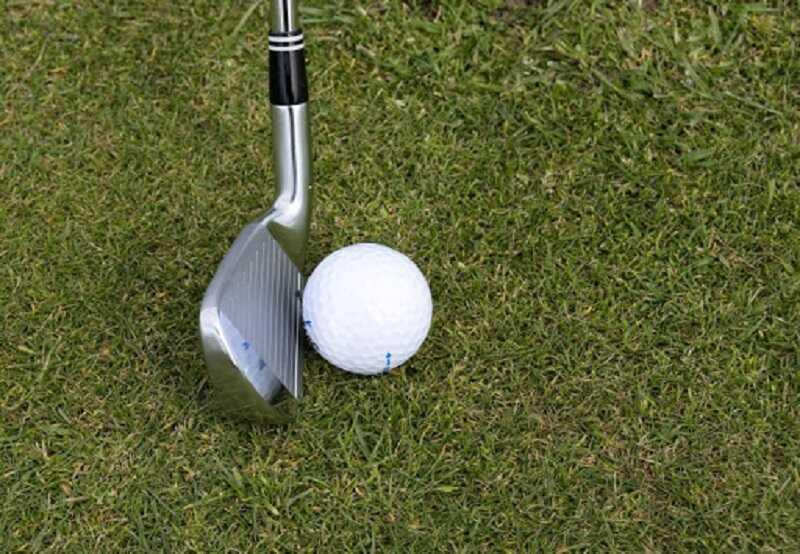 Gậy golf số 7 là loại gậy đầu tiên mà mọi người chơi golf đều phải sử dụng