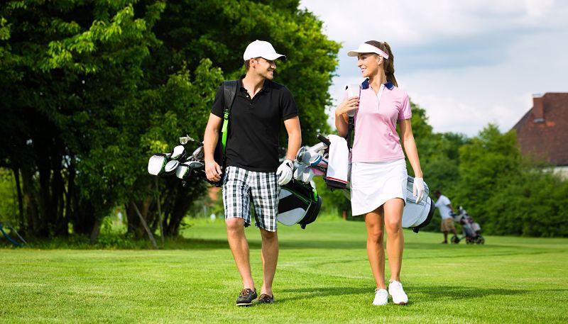 Bạn nên kết hợp các trang phục golf phù hợp theo mùa