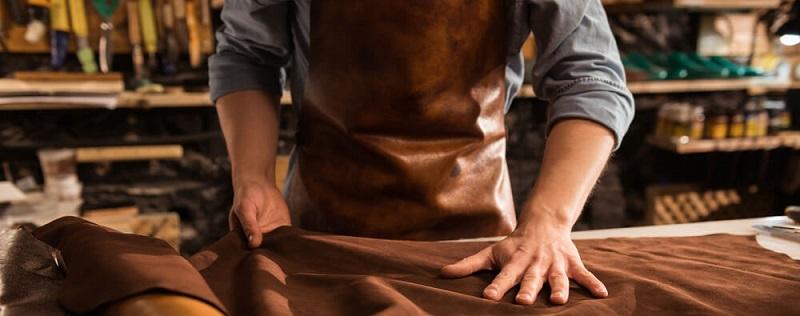 Túi được tạo ra bởi bàn tay của những nghệ nhân với trên 15 năm kinh nghiệm trong nghề