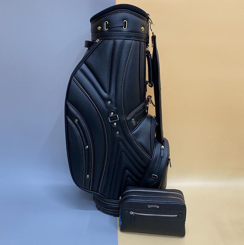 Túi có màu đen sang trọng, thu hút ánh nhìn mọi golfer