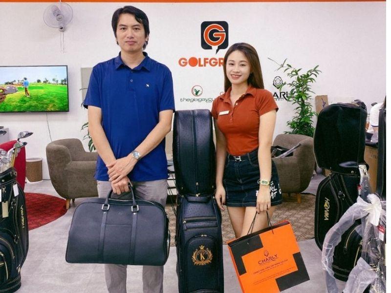 Anh Hoàng Tùng - một golfer đã chọn mua túi đựng gậy golf 6 sao thương hiệu Kenichi
