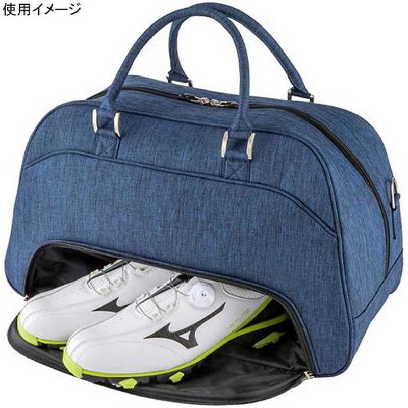 Túi sản xuất ngăn đựng giày riêng tạo sự tiện lợi tối đa cho người chơi