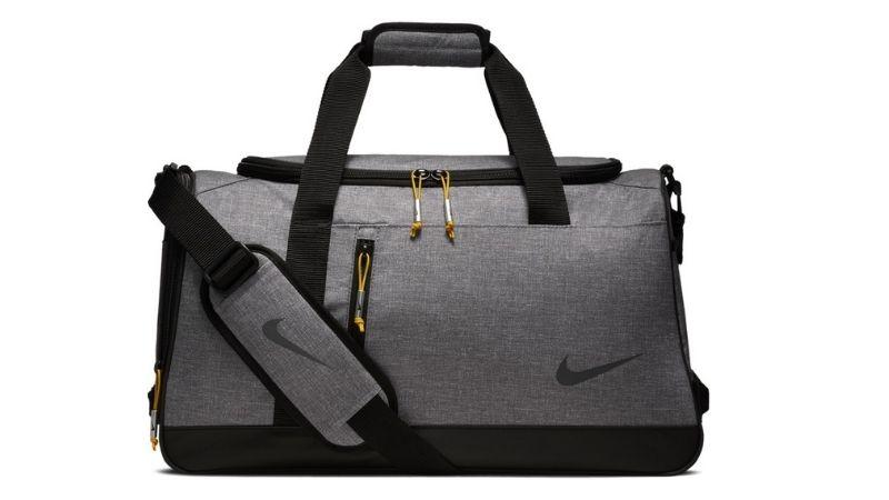 Đây là mẫu túi được rất nhiều golfer lựa chọn sử dụng