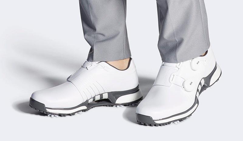 Adidas luôn không ngừng cải tiến để đáp ứng như cầu của khách hàng