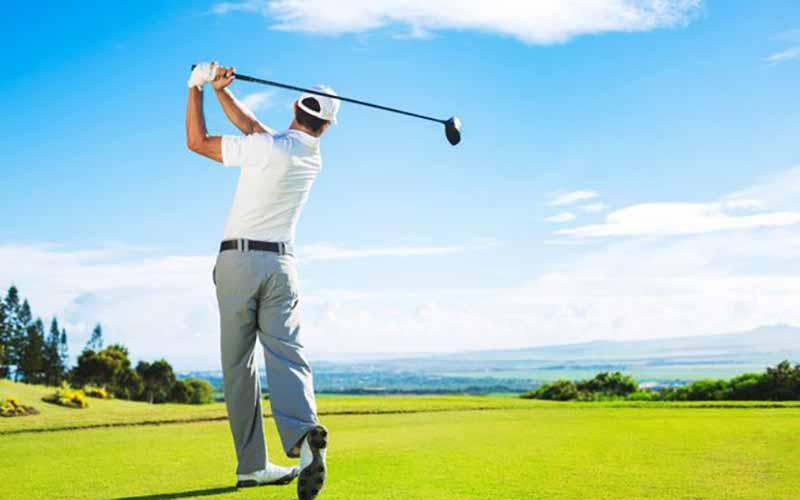 Giày golf Mizuno có những tính năng vượt trội nào?