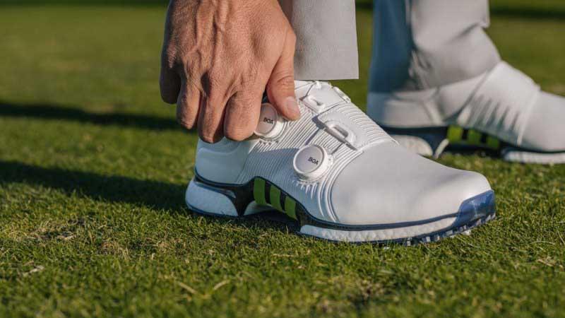 Giày golf nam hãng Adidas luôn nhận được những đánh giá rất cao từ giới chuyên môn