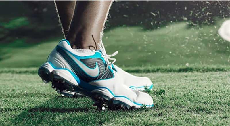 Tại sao các golfer lại ưa chuộng giày golf Nike đến vậy?