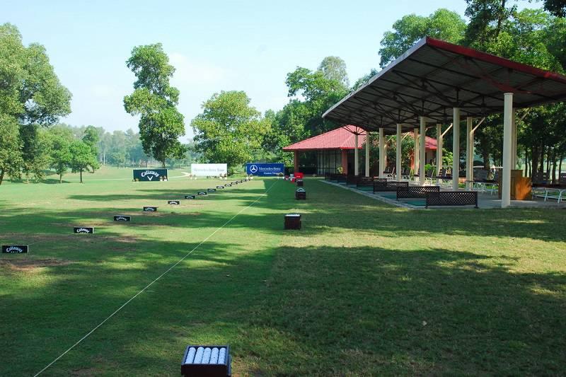 Sân golf Đồng Mô tọa lạc ở vị trí địa lý vô cùng thuận lợi