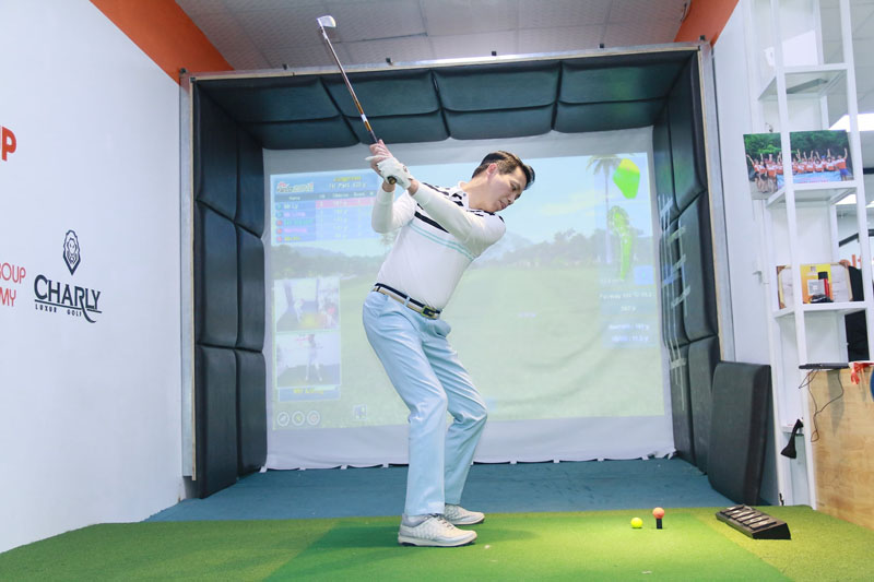 GGA sở hữu phòng tập golf 3D chất lượng cao