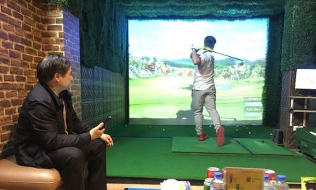 Lâm Golf Indoor hiện cũng là địa chỉ lắp đặt phòng golf 3D uy tín tại Việt Nam