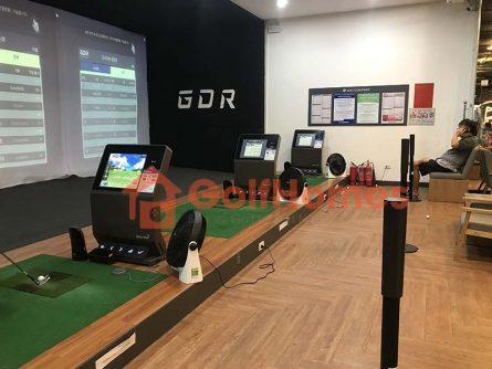 GolfHomes sở hữu đội ngũ kỹ sư hàng đầu trong lĩnh vực thiết kế và thi công phòng golf 3D