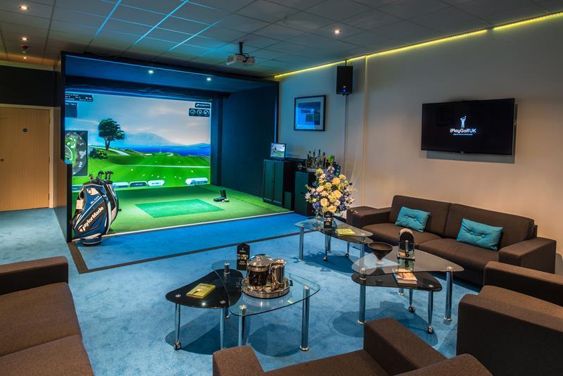 Cyber Golf có xuất xứ từ Hàn Quốc với độ bền, độ tương thích cao