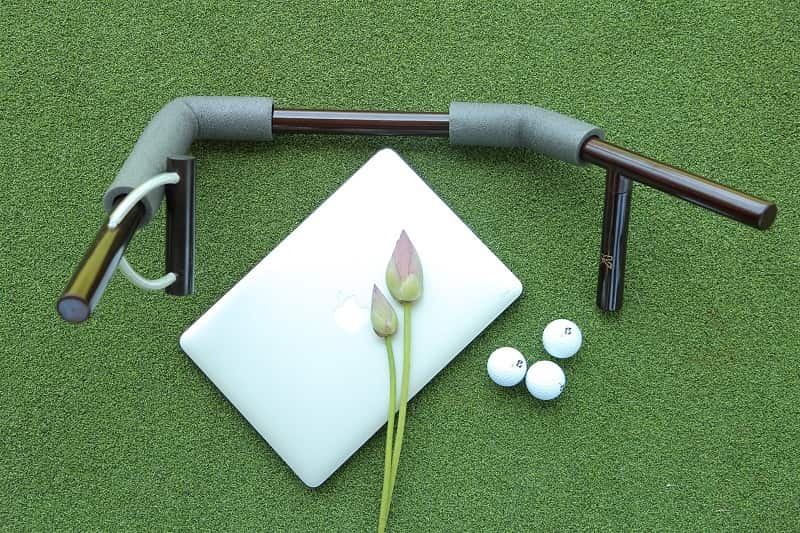 thiết bị hỗ trợ tập golf