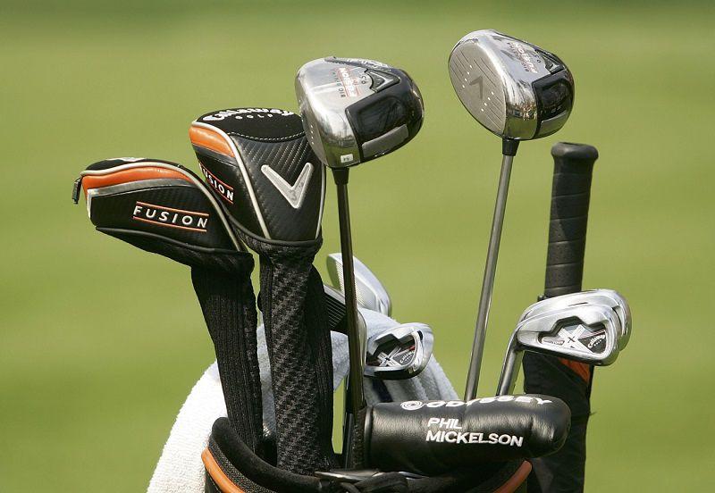cách xếp gậy golf vào túi đúng chuẩn