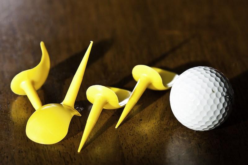 Tee sặc sỡ được rất nhiều golfer mới sử dụng
