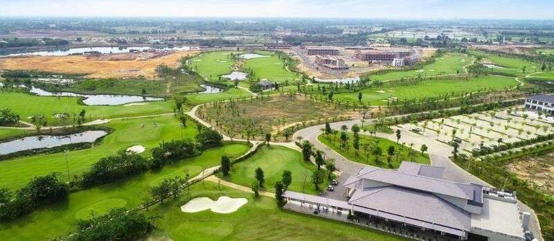 Anh Trấn Thành đánh giá rất cao cảm giác khao khát chiến thắng khi chinh phục các thử thách trên sân golf Nhân Sư