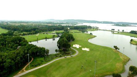 Thiết kế sân đạt chuẩn với nhiều thách thức cho golfer