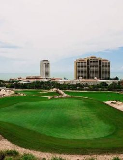Sân golf Hồ Tràm có là sân golf tốt nhất Việt Nam