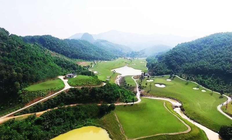 Sân golf Geleximco Hilltop Valley Hòa Bình có cảnh quan tự nhiên đẹp mắt