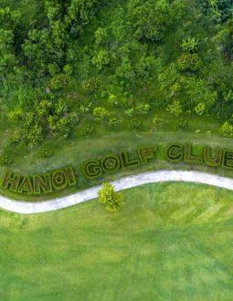 Sân golf Minh Trí tọa lạc tại xã Minh Trí, thuộc huyện Sóc Sơn, Hà Nội