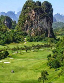 Khám phá sân golf Phoenix ẩn mình giữa núi đồi Hoà Bình