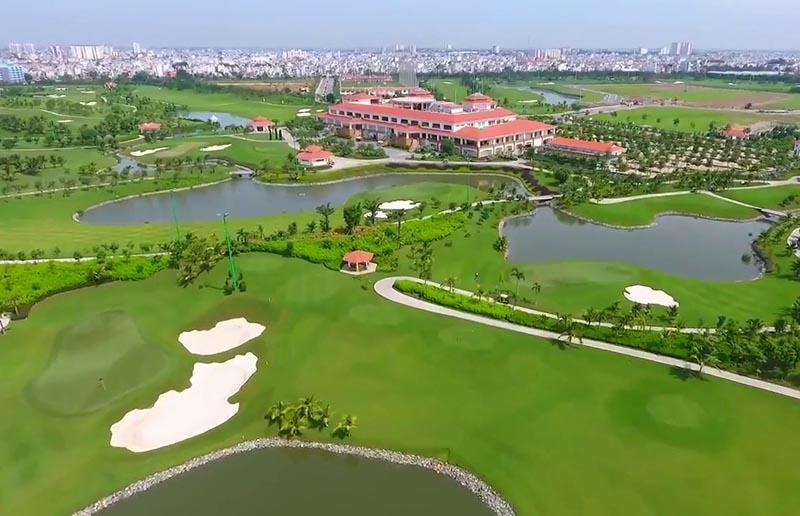 Sân golf Tân Sơn Nhất nổi tiếng ở giữa TP Hồ Chí Minh