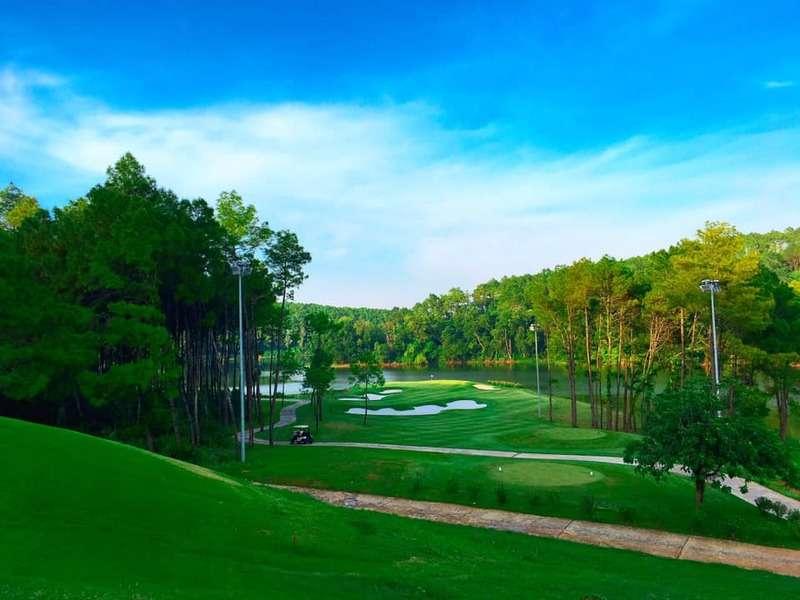 Sân golf Tràng An Ninh Bình chính thức mở cửa đi vào hoạt động từ tháng 10 năm 2016
