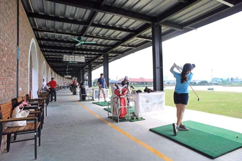 Sân tập golf Hà Đông hoạt động đã lâu nhưng vẫn luôn là điểm vui chơi thể thao yêu thích trong nội thành Hà Nội